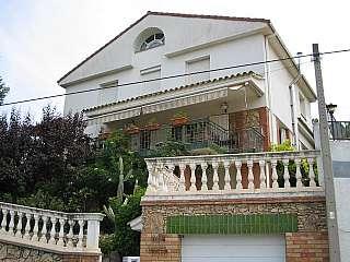 Torre en Montjuic, s/n. Casa en pueblo perfecta y en buenisimo estado