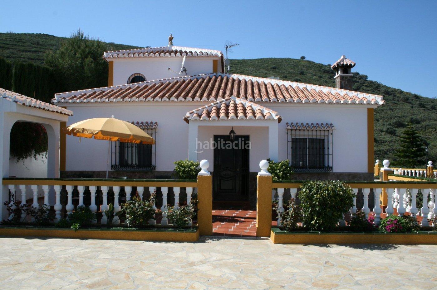 alquiler casa adosada por 850 en barranco el puerto villa