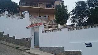 Alquiler Casa en Carrer arbucies, 2. Casa a cuatro vientos con 800 m2 de terreno