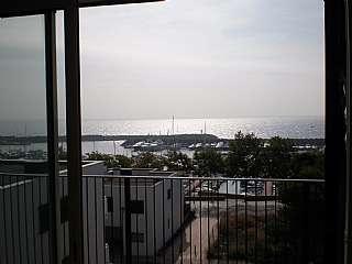 Piso en Carrer ter� de napolitans, 12. Precioso piso en palamos con vistas al mar.