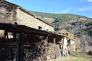 Masía en Can bon dia, s/n. Casa rustica  del pirineo en posicion priviligiada