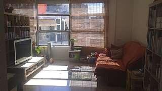 Alquiler Piso en Carrer sant agusti, 15. Piso tipo loft soleado todo el dia