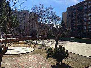 Piso en Gran via corts catalanes, s/n. Magnifico piso con vistas a jard�n privado