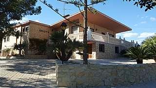 Casa a Calle concha espina, 37. Amplio chalet independiente con piscina y frontón