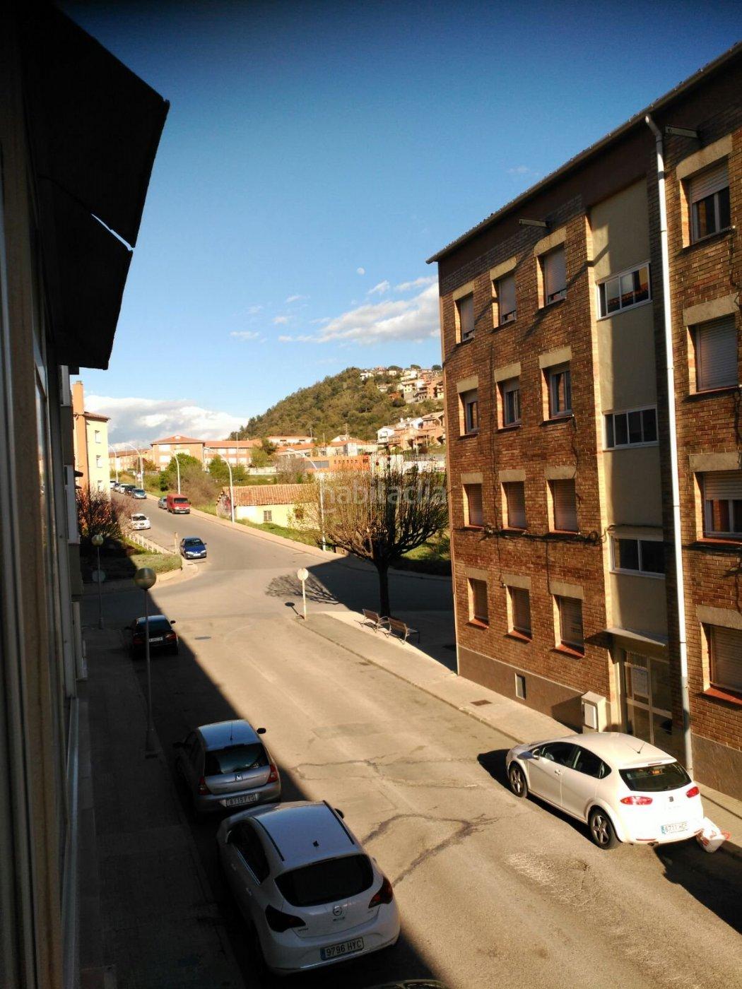 Alquiler piso por 320 en carrer santa eulalia pis de lloguer a sta eul lia en berga habitaclia - Pisos de alquiler en berga ...