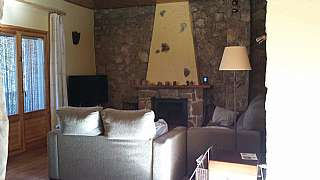 Casa en Carrer viella, 12. Acogedora casa en mediona.