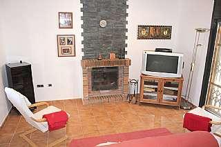 Casa en Calle darnius,. Casa independiente, única planta y nueva!