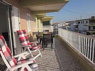 Alquiler Apartamento en Del almirall roger de lluria, 50. Apartamento a 60 m del mar, 7 personas