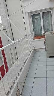 Lloguer �tic a Carrer selva, sn. �tic amb terrassa (coll ipujol just sobre el pont)
