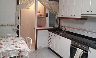 Alquiler Piso en Avenida galicia (de), 35. Piso luminoso,exterior con ascensor