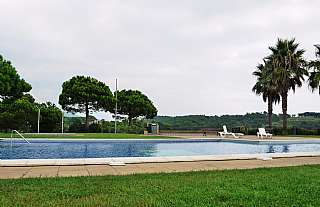Alquiler Casa adosada en Carrer aries-llorell, sn. Casa adosada cerca de la playa en cala llevado