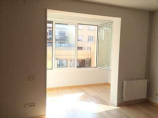 Alquiler Piso en Carrer muntaner, 412. Piso de 2 habitaciones,esta reformado,muy bien com
