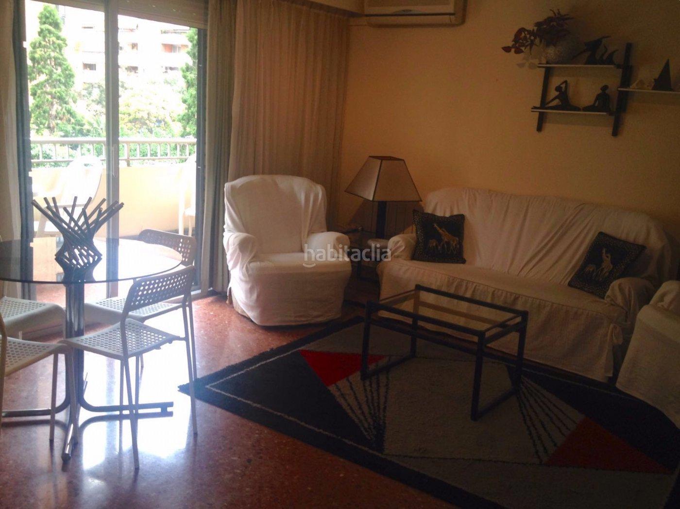 Alquiler piso por 650 en calle musico gines bonito para for Pisos estudiantes valencia