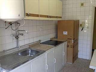 Alquiler Piso en Avenida principe de asturias, 36. P. asturias. 3 hab. ascensor, amueblado, electr.