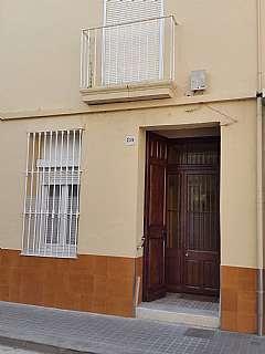 Casa adosada en Carrer santa maria, 80. Solo para inversores