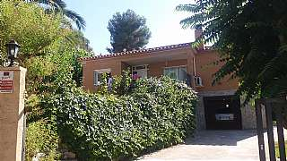 Casa en Carrer transformador (urb casablanca), 5. Casa en venta a un solo nivel con piscina