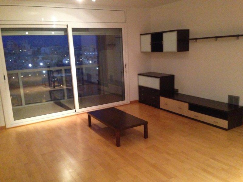 Alquiler piso por 650 en carrer prim torres sxxi nuevo - Pisos baratos en alquiler en terrassa ...