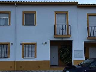 Casa adosada en Calle jerez, 81. Vivienda reformada.