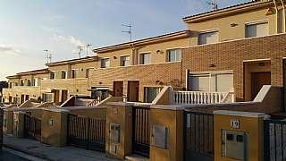 Casa en Avinguda països catalans (dels),. Lavern casa en venta