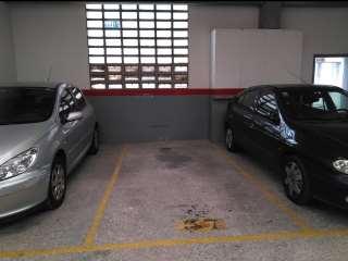 Alquiler Parking coche en Carrer lleo xiii, 16. Alquiler o venta de plaza de parking
