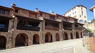 Casa adosada en Carrer sant segimon, 12. Casa con orientación sur y  vistas al montseny