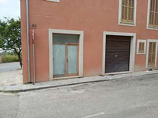 Planta baja en Carrer tramuntana, sn. Planta baja- local comercial- 6 parking