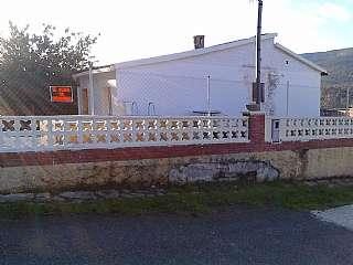 Casa en Carrer ronda del nort, 7. Casa de campo con huerto en zona de montaña