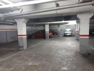 Rental Car parking in C/san ignasi, 5. Plaza coche pequeño/mediano
