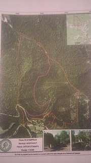 Finca rústica en Barri oix-disseminat, 1. Venda de finca amb una runa per reconstruir
