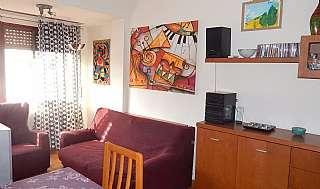 Alquiler Piso en Carrer bonsoms, 43. 4t pis moblat, assolellat i molt ben comunicat