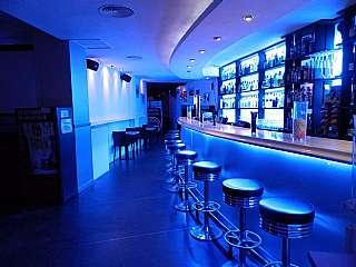 Alquiler Bar en Carrer camp, 16. Bar musical licencia f