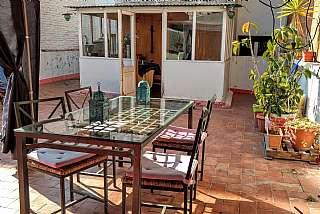 Piso en Carrer santapau, sn. Luminoso entresuelo con terraza en venta