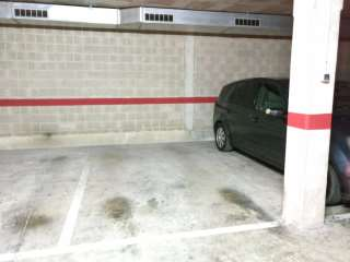 Parking coche en Passeig circumval.lacio, 23. Párquing