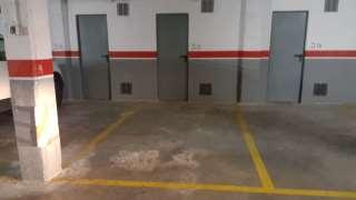 Alquiler Parking coche en Carrer sant leopold, 126. Parking cotxe a 1 minut de renfe y ffcc 60€