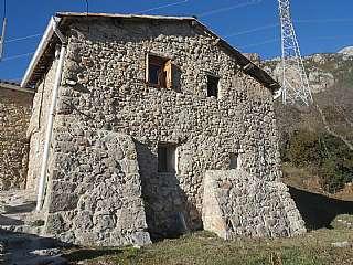 Casa en Camí ral, l. Casa rural a Saldes, poble l´espà