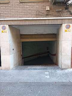 Parking coche en Calle capitán hernández mira, 1. Centrico parking