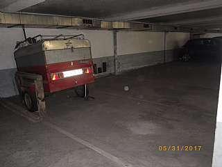 Aparcament cotxe a Carrer carme, 5. Parkings en venda