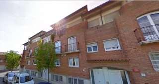 Casa adosada en Carrer aneto, 32. Magnífica casa adosada de 220 m² con jardín