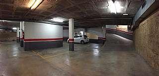 Parking coche en Carrer josep camprecios, 29. Plaza de parking en eplugas centre