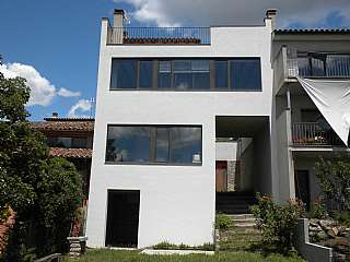 Casa adosada en Carrer pont, 56. Casa lluminosa, confortable i eficient
