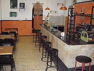 Alquiler Bar en Bloc cuba, sn. Se vende o alquila bar bodega