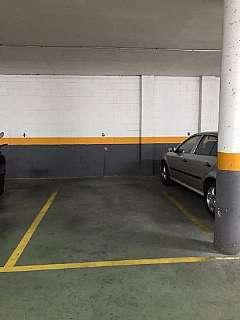 Parking coche en Carrer mataro, 11. Plaza de parking en sant feliu de llobregat