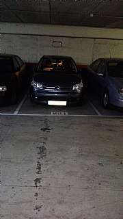 Parking coche en Carrer sant antoni, 18. Parking en planta -3 enfrente ascensor.