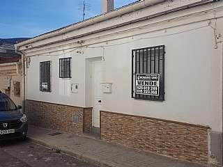 Casa adossada a Calle olivar, 24. Casa adosada totalmente reformada