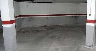 Aparcament cotxe a Carrer sant jordi, 13. Plaza de parking 28 m2,  2 coches y motos