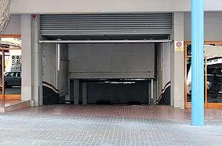 Parking coche en Carrer joan prim, 88. Parking en venta de propiedad
