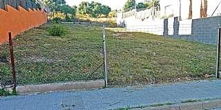 Terrain résidentiel dans Carrer valles, 29. Solar para vivienda aislada, con anteproyecto.