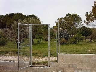 Terreny residencial a Urbanización el sargento, 111. Terreno llano, vallado y en zona tranquila.