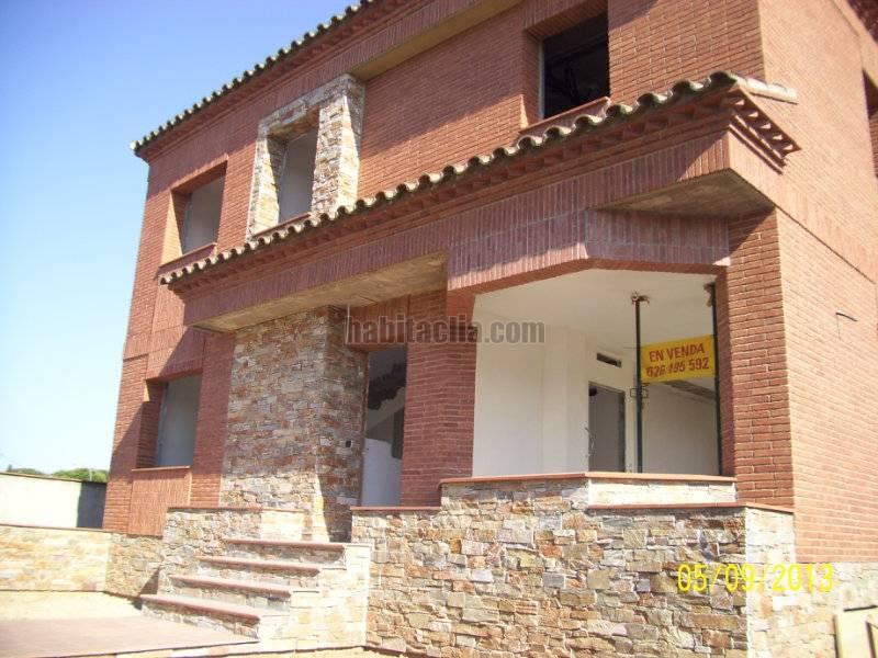 Torre por en cam cavet de barenys bonito chalet en construcci n a buen precio en - Precio m2 construccion chalet ...