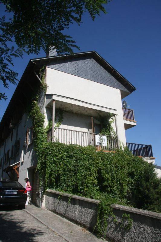 Casa adosada por chalet adosado en el pirineo - Comprar casa en jaca ...